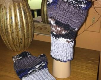 Winter landscape fingerless gloves