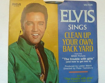 RCA  Victor Elvis Sings The Fair Is Moving On  45 RPM  With Sleeve MGM Trouble With Girls