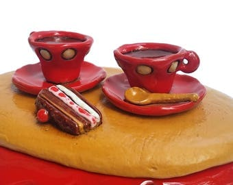 Ceramic box, sweets holder with two morning coffee cups
