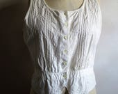 Vintage 1980s Summer Blouse White Cotton Embroidered Peplum Sleeveless 80s Womens Top Large