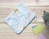 The bits and pieces zipper bag/pouch/wallet/makeup bag/pencil case