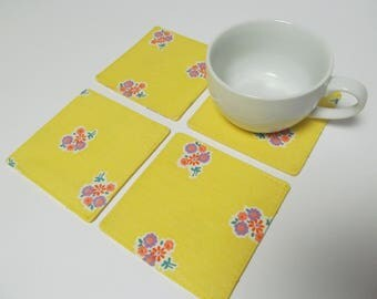 Set Of 4 Fabric Coasters/Retro Flower Fabric