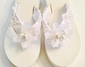 Bridal Flip Flops/Wedges.Wedding Flip Flops/Sandals.White Flip Flops.White Wedding Shoes.Destination Wedding.Beach Wedding Flip flops.