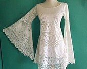Vintage Sexy 1960s 1970s White Lace Crochet Sheer Cut Out Angel Sleeve Mini Midi Dress