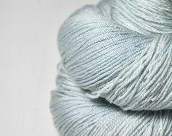 Dissipating icy mist - Merino/Silk Fingering Yarn Superwash