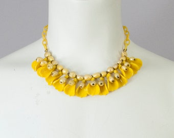 30s Vintage Art Deco Yellow Celluloid Choker Necklace