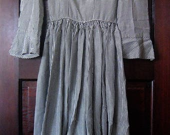 Sweet Vintage 1950s Mini Black & White Gingham Taffeta Dress Gathered Waist XS