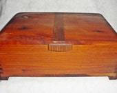 Vintage 1940's Art Deco Cedar Wood Chest - jewelry trinket Box