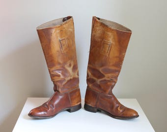 vintage 1940s ladies riding boots - caramel leather boots / 40s tan leather boots - vintage equestrian boots / ladies 6 - 7 narrow
