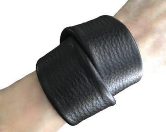 Big Chunky bracelet - Cowhide cuff - Macho wrap bracelet - Leather wrap cuff - Double wrap cuff - Black leather cuff - Goth wrap bracelet -
