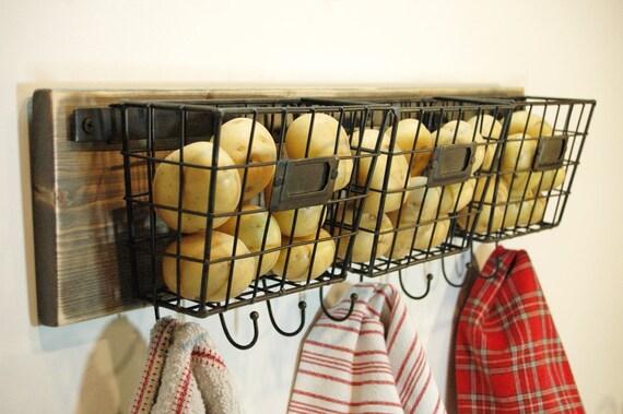 Farmhouse Style Wire Basket, Wire Basket With Hooks, Wall Decor, Farmhouse  Decor, Kitchen Wall Decor, Bathroom, Bedroom Decor, Wire Basket