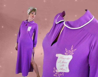 """Purple Nylon Nightgown with Valentine - Vintage 60s Romantic Gift says """"How Do I Love Thee?"""" - Valentine's Retro Lingerie Gift for Her"""