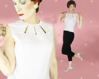Pink Linen Top is a 50s Summer Top, a Sleeveless Linen Blouse, Form Fitting Tapered Waist in a Medium Size, 50s New Look