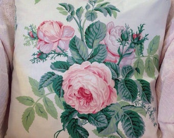 Vintage chintz pillow cover Large cabbage roses Pink and green GORGEOUS