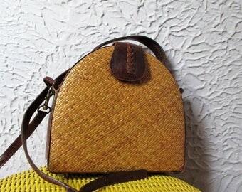 Vintage Leather and Woven Straw Shoulder Purse shoulder bag
