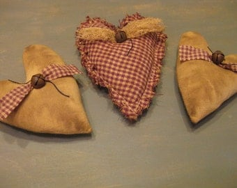 Primitive Heart Bowl Fillers - Set of 3 - Muslin & Homespun Grungy Fabric Stuffed Hearts - Primitive Valentine's Day - Wedding - Anniversary
