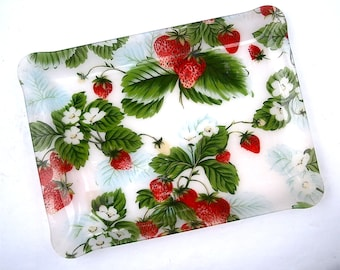 Vintage Strawberry Rectangular Tray Platter Red Green Fruit Acrylic Lucite Large Serving Plate Entrée Appetizer Picnic Kitchen Event Party
