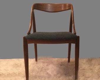 Moreddi Danish Teak Chair by Johannes Andersen Mid Century Modern 1950s 1960s 50s 60s