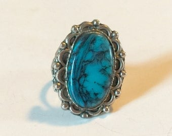 Vintage Faux  Turquoise Blue Stone Ring with Adjustable  Silver Tone Metal Band