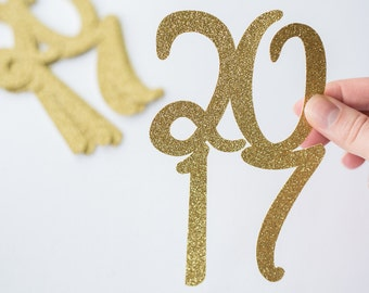 12 Gold Glitter 2017 //  Jumbo Graduation Confetti // 2017 // Graduation Party Decorations // Grad // Prom // 12 pieces // 5.5 inches