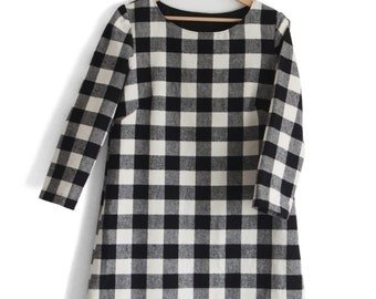 Women checkered dress. Black and white checkers. Winter wear, cotton flannel. Sizes from XS to 2XL.