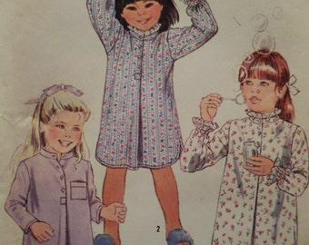 LONG NIGHTGOWN Pattern • Simplicity 6662 • Girls 4-5 • Sleepshirt Pattern • Girls Pajamas • Sleepwear • Childrens Patterns • WhiletheCatNaps