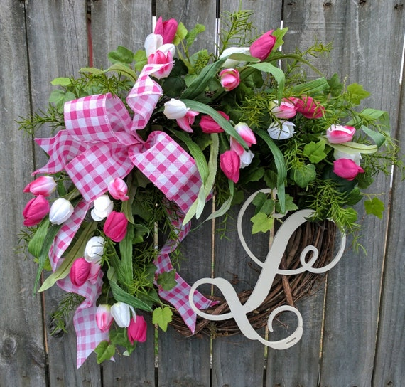 Tulip Wreath, Monogram Wreath, Gingham Wreath, Tulips Wreath for Spring, Springtime Wreath, Door Wreath for Spring