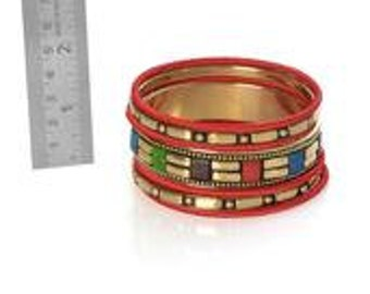Stack'em High Red Chroma Set of 7 Bangles in Goldtone (7.5 in)