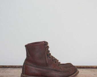 SALE 5 1/2 B | Men's Vintage Russell Moccasin Boots Short Thick Leather Ankle Boot