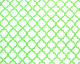 Flannel Fabric by the Yard in a White with Spring Green Trellis Print 1 Yard