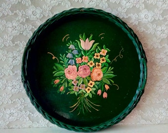 Vintage Round Tray, Decorative Dark Green Tray, Hand Painted Flowers, Tole Painted Wood Rattan Tray, 1940's, Retro Cottage, Serving Tray
