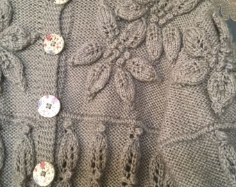 Beautifully handknit grey 3d floral cable cardigan L