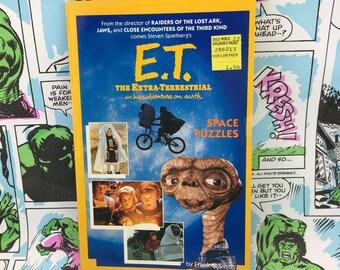 E.T. Space Puzzles book, 1982, Mint, Spielberg Science Fiction
