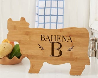 Engraved Family Name Cow Cutting Board, carving board, engraved, kitchen decor, family name, personalized -gfyL10993190Cow