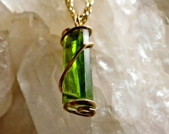 """5ct Gemmy Green Tourmaline in 14k Gold fill COMMUNICATION   Crystal Healing 18"""" gold plated rope chain Gems and Minerals OOAK"""