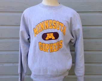 1980's Minnesota Gophers Champion reverse weave sweatshirt, fits like a medium