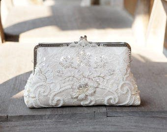 Bridal Chantilly wedding Lace Clutch in Champange, Spring wedding, Vintage inspired , wedding bag, Bridal clutch