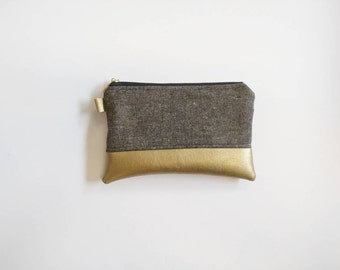 Coin purse in black and gold