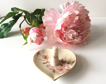 Vintage Ring Dish - Heart Ring Holder - Victorian Garden Dogwood Pattern Jewelry Organizer - Ring Tree