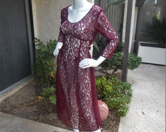 Vintage 1980/90's Magenta Lace Dress - Size 14