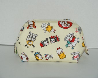 """Wire Frame Zipper Pouch With Pocket / Padded Cosmetic Bag Made with Japanese Cotton Oxford Fabric """"Tsum Tsum Cream Yellow"""""""