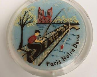 Lucite Compact Paris Notre Dame