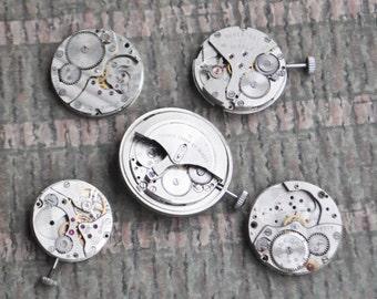 0.8-1 inch Set of 5 vintage wrist watch movements.