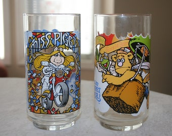 Two Vintage McDonald's Glass Tumbler Muppets Great Muppet Caper, Fozzie Bear, Kermit the Frog, Great Gonzo, Miss Piggy 1981 Retro Kitsch