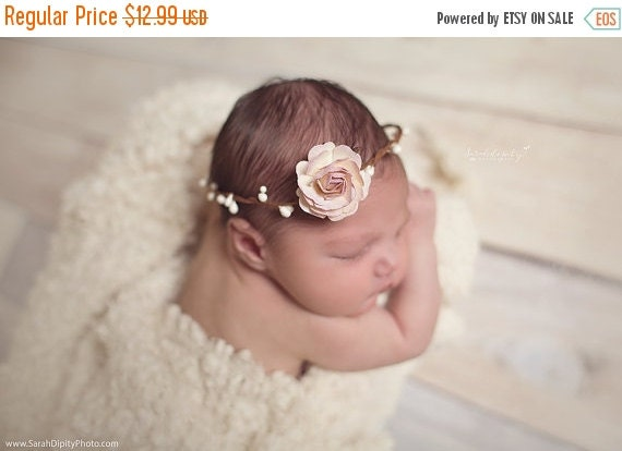 20% OFF SALE Wire Covered Halo with 4CM (1.5 inch) Lilac & Cream Mulberry Rose, newborn photo shoot, bebe fotografia, baby headband by Lil M
