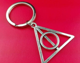 Deathly Hallows / Harry Potter / Fandom Keychains / Keychain / Keyring / Key Chain / Ring / Backpack Charm / Zipper Pull
