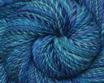 Hand spun yarn - Hand painted Blue Faced Leicester (BFL) wool, Worsted weight, 260 yards - Rolling Ocean