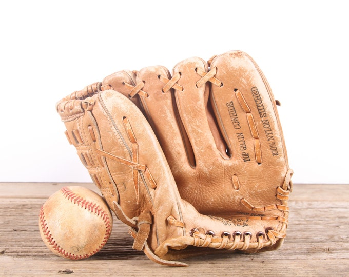 Old Leather Baseball Glove / Youth Vintage Baseball Glove / Western Auto Revelation Baseball Glove / Antique Baseball Glove / Old Glove