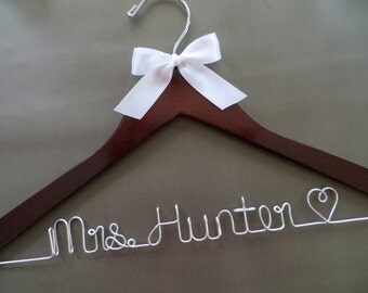 Wooden Wedding Hanger, Wire Wedding Hanger, Bridal Hanger with Bow, Personalized Hanger, Bride Hanger, Engagement Gift, Name Hanger
