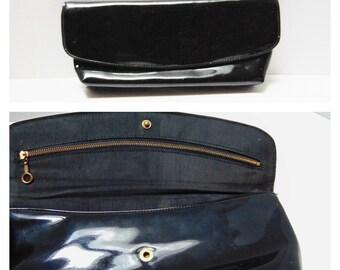 Vintage Clutch Handbag 60s Black Patent Leather Fabric Lining Cool Full Body Metal Zipper